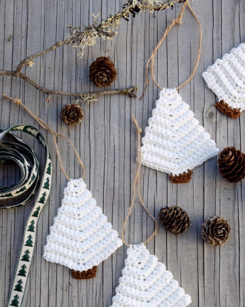 Hæklet gavevedhæng, hæklet juletræ
