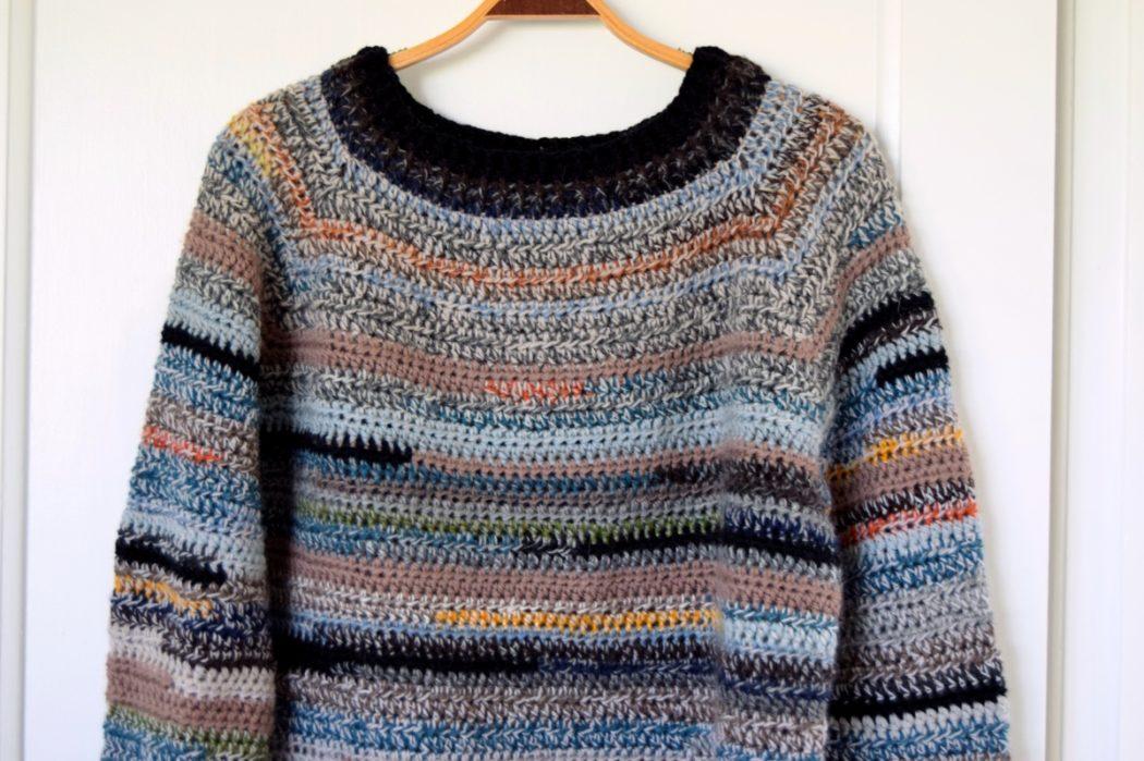 Reste vamsen – hæklet sweater af garnrester