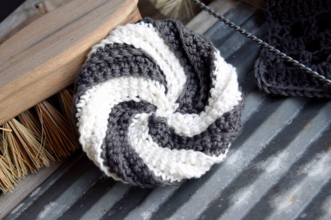 Ugens klud #3 – Hæklet spiral svamp