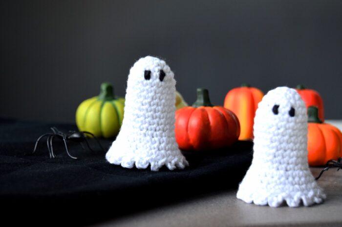 Hæklet halloween spøgelse