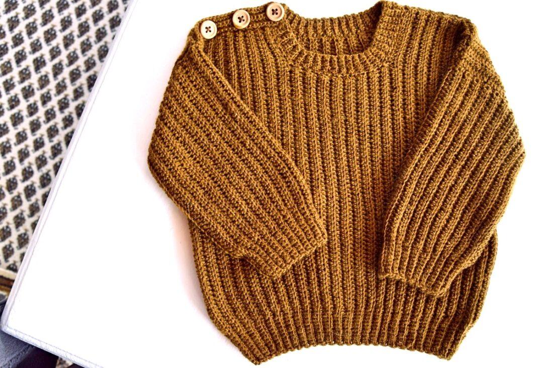Hæklet sweater til de små